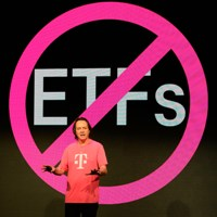 T-Mobile CEO turns air blue as he shares plan to paint US mobile market pink