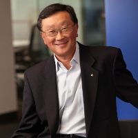BlackBerry CEO denies handset exit plan