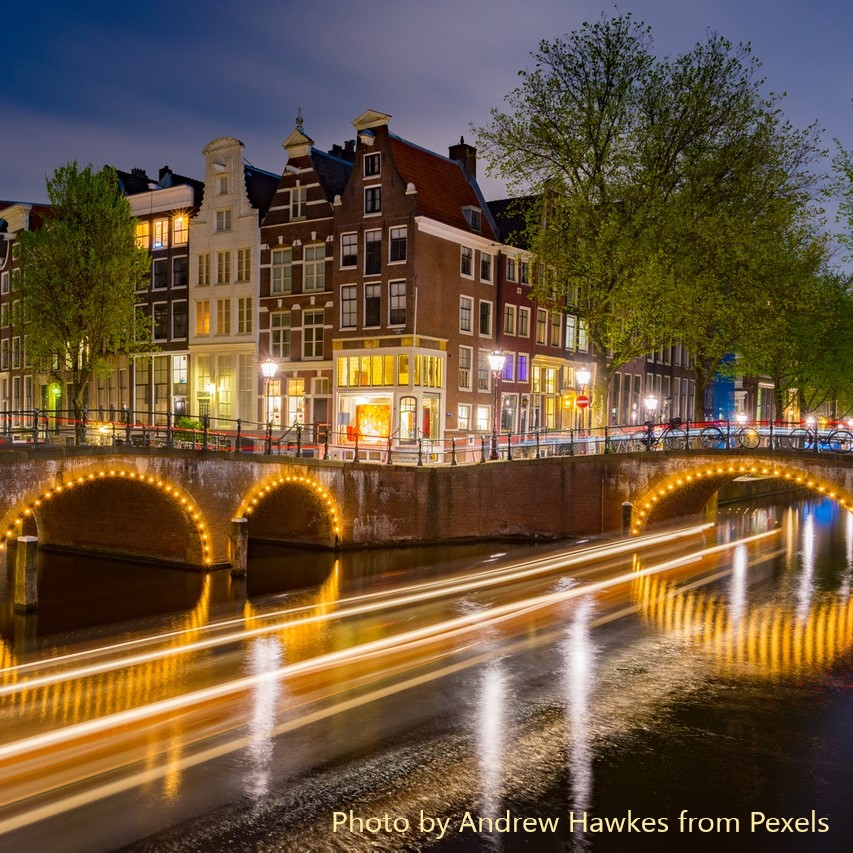 image for Broadband rollout accelerates in the Netherlands