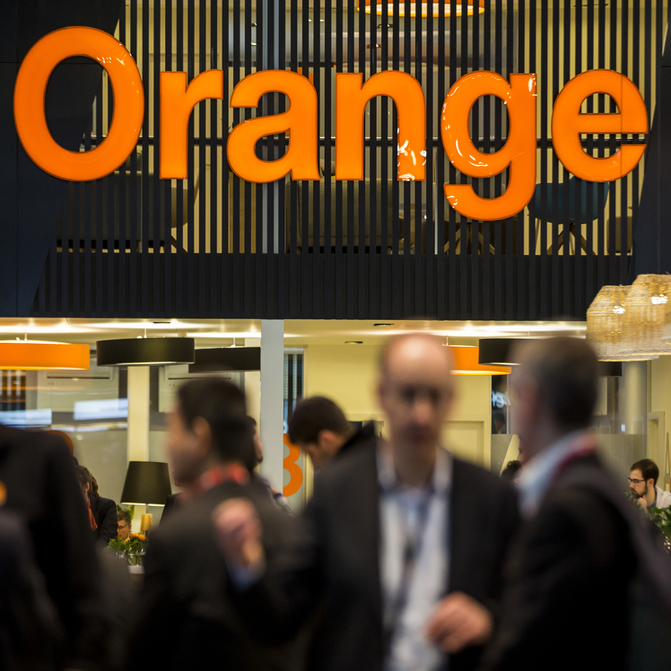 image for Orange partners with APG for FTTH joint venture in Poland